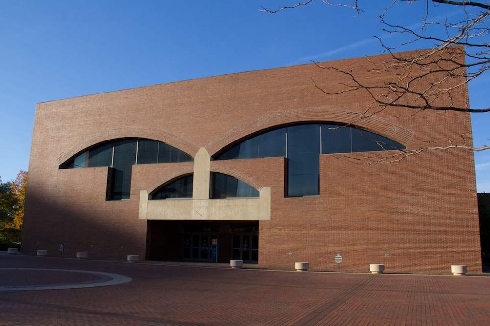 louis-kahn-arts-center-campus-fort-wayne-indiana-x080416